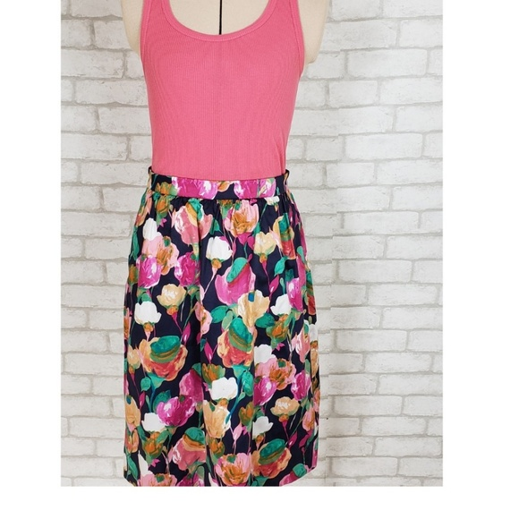 J. Crew Factory Dresses & Skirts - J.Crew Blue & Pink Floral Pencil Skirt Size 00